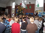 Adventssingen in der Pausenhalle